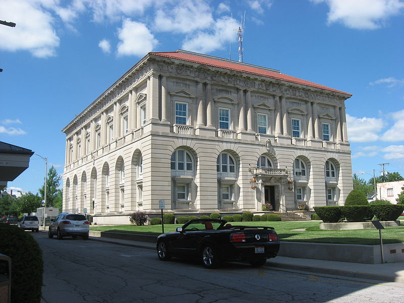 File:Putnam County Courthouse in Ottawa, southwestern ...